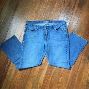 Old Navy Sweetheart Bootcut Jeans size 16